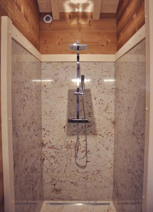 Petite douche a l italienne maison design for Petite douche a l italienne